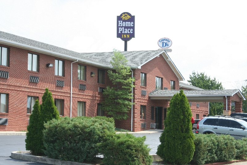 Exterior of Home Place Inn, Nicholasville, KY