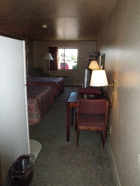 home-place-inn-room-111-double-kitchette-suite-smoking-2