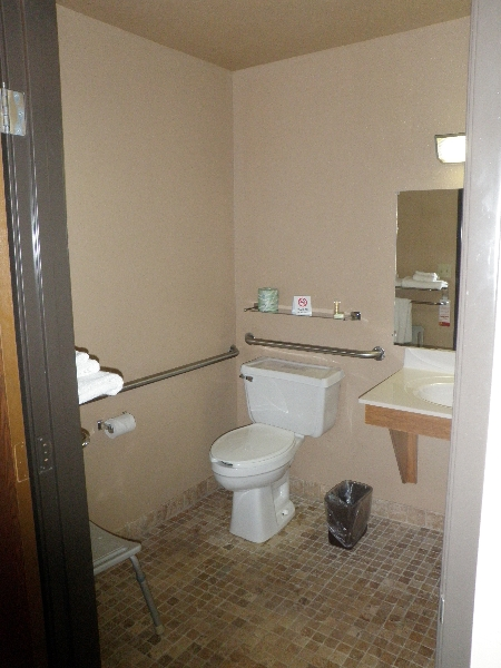 home-place-inn-room-116-single-handicap-nonsmoking-3
